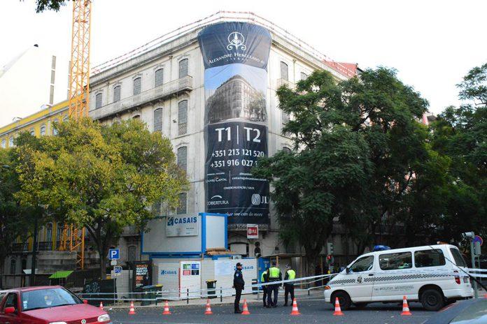 Derrocada em edifício em Lisboa provoca dois mortos