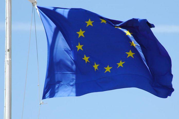 COVID-19: Conselho Europeu aprova 3 mil milhões de euros de apoio a países vizinhos