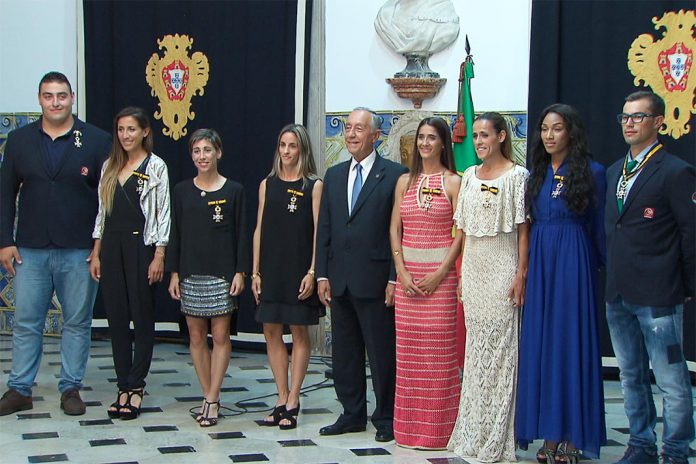 Presidente da República condecora oito atletas