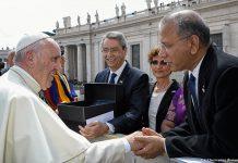 Papa Francisco e K.R. Ravindran