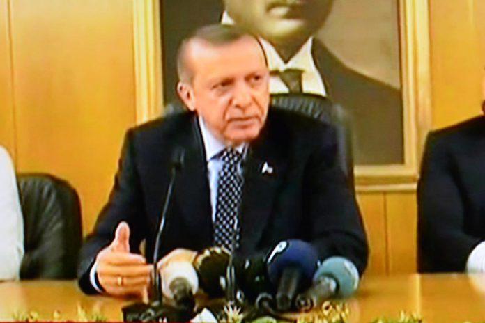 Militares falham tentativa de tomada do poder na Turquia