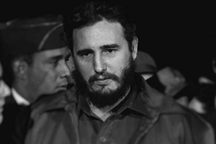 Fidel Castro, líder da Revolução Cubana, morreu