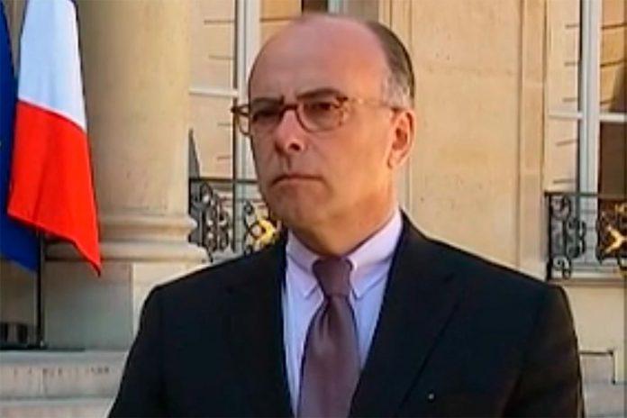 Bernard Cazeneuve, novo Primeiro-Ministro francês, já formou Governo