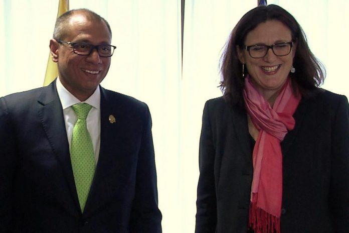 Equador adere a acordo comercial com a UE