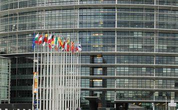 Parlamento Europeu aprova 6,2 mil milhões de euros para crise e vacinas COVID-19
