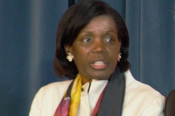 Ministra da Justiça leva a Belém 620 pedidos de indulto