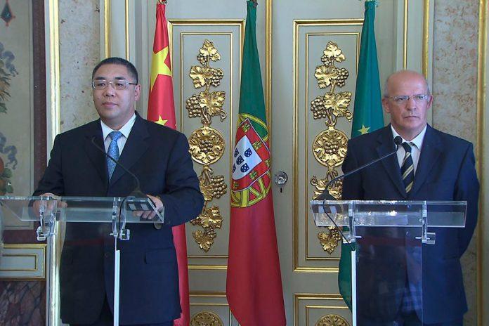 Chui Sai On e Augusto Santos Silva