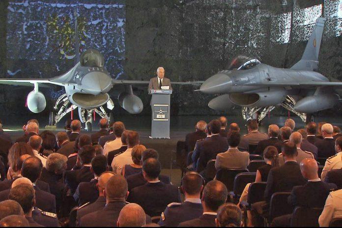Portugal entrega à Roménia os 6 primeiros F-16