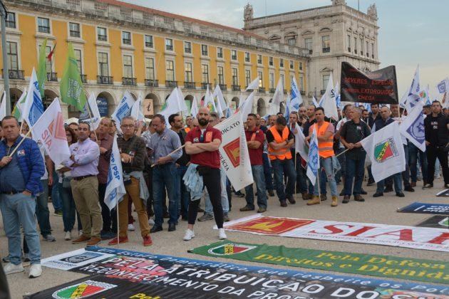 Luta por melhores condições junta Polícias em Lisboa
