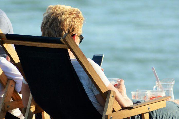 Tarifas de roaming na União Europeia terminam em junho de 2017