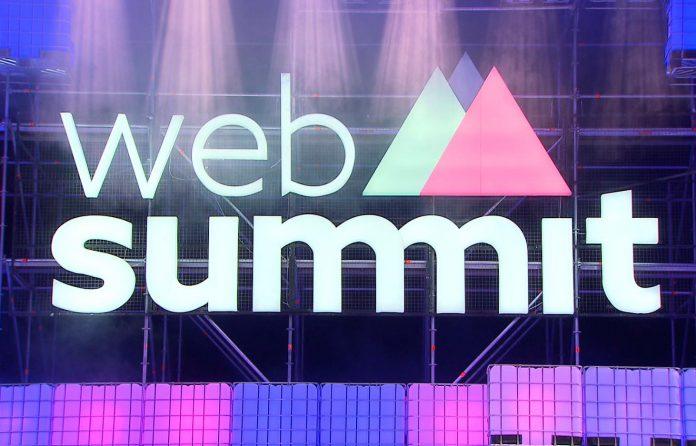 Luís Figo lança no Web Summit aplicação para descobrir talentos de futebol