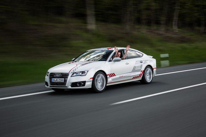 Carro da Audi A7, condução autónoma