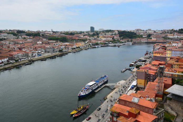 Rio Douro e cidades do Porto e Vila Nova de Gaia