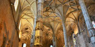 Nave da igreja de Santa Maria de Belém
