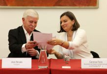 Assinatura de acordo entre Governo e FESAP