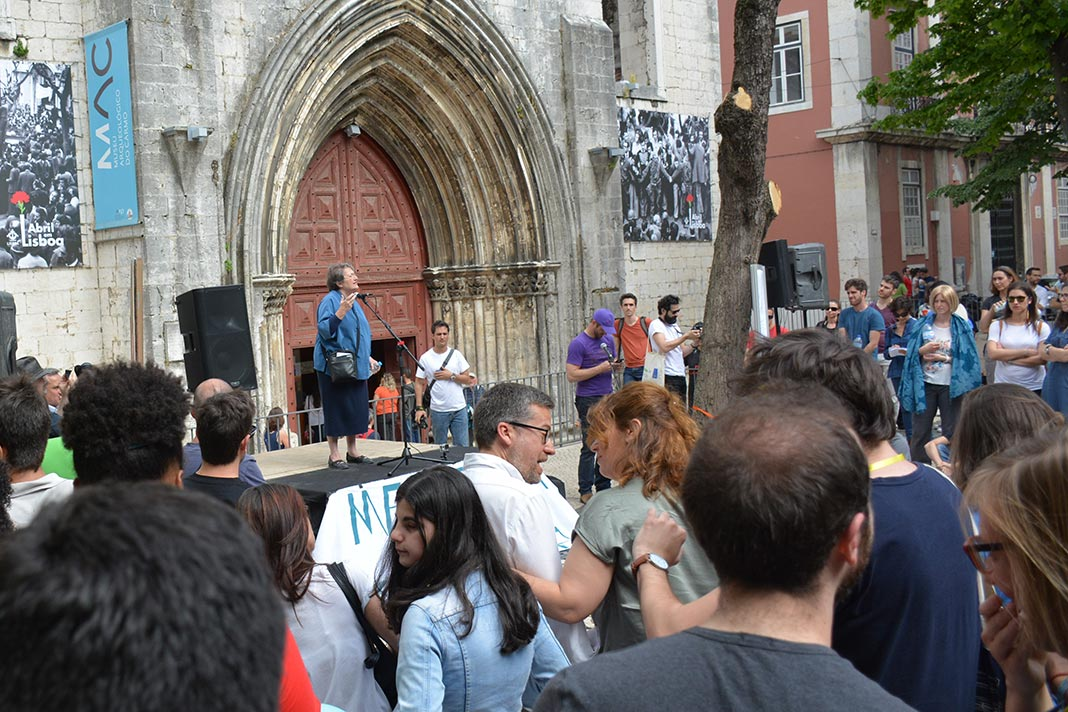 Olga Pombo na Marcha pela Ciência