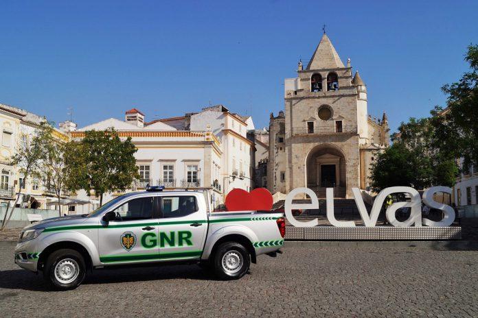 Viatura entregue à GNR de Elvas