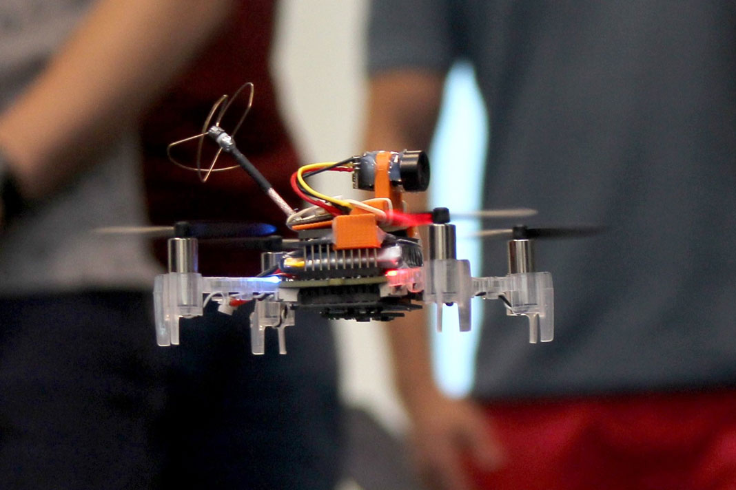 CMOSQUITOII – Drones para o setor do retalho