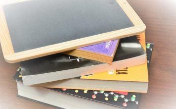 Dia Nacional do Estudante assinala-se com fotos a estudar em casa