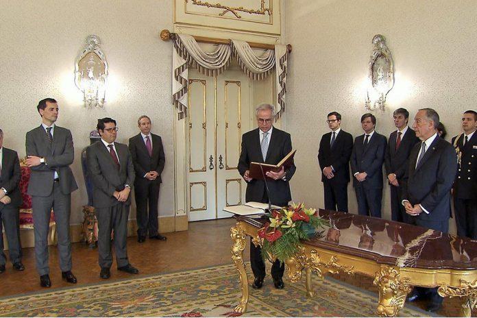 Presidente da Republica dá posse aos Secretários de Estado das Finanças e do Tesouro