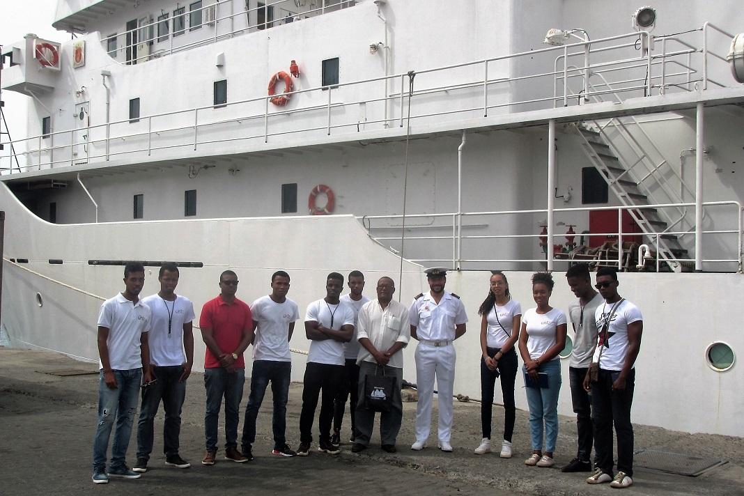 Navio Hidrográfico da Armada 'D. Carlos I', em Cabo Verde
