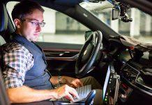 Automóvel autónomo da BMW em testes
