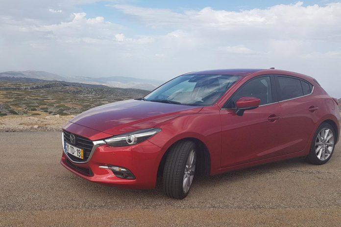 Mazda 3 versão 1.5 SkyActiv-D 105 CV