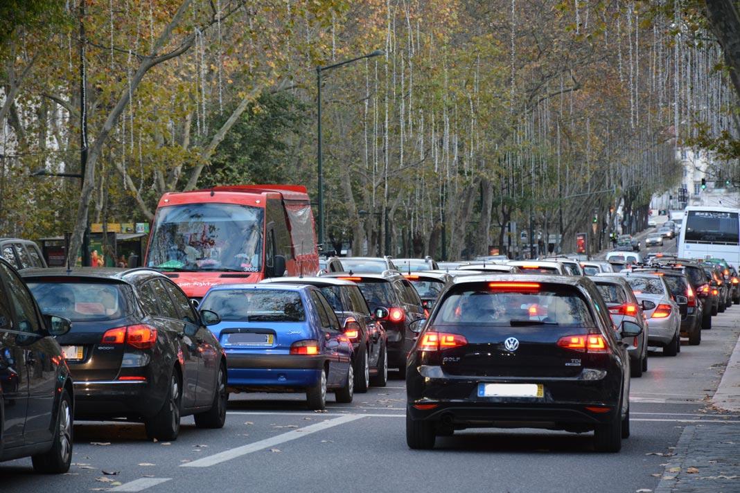 Comissão Europeia quer maior proteção dos consumidores em relação a contratos de seguros