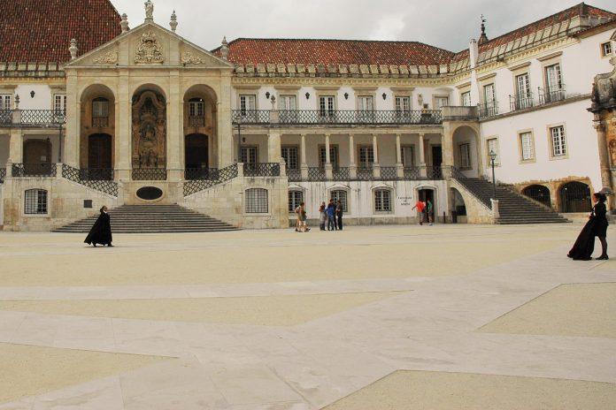 Avanços sobre Cirurgia de Catarata, Universidade de Coimbra