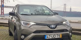 RAV4 2.5 HSD Pure Dark