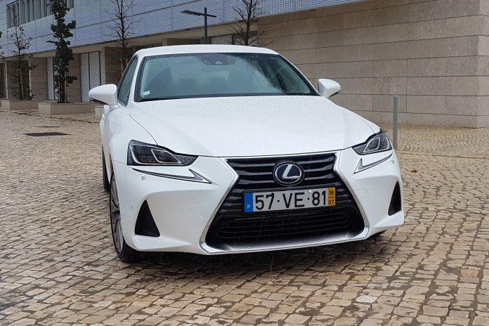 Lexus IS300h: o que há de novo no renovado modelo