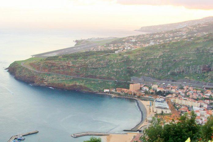 Aeroporto da Madeira pode ficar impedido devido ao furação LESLEI