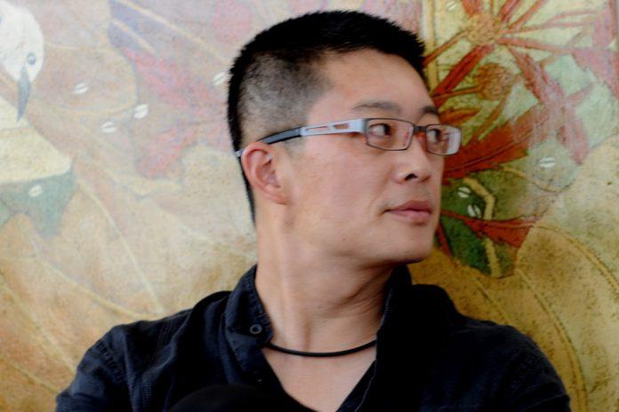 Arquiteto chinês Li Xiaodong dirige conferência no Museu do Oriente