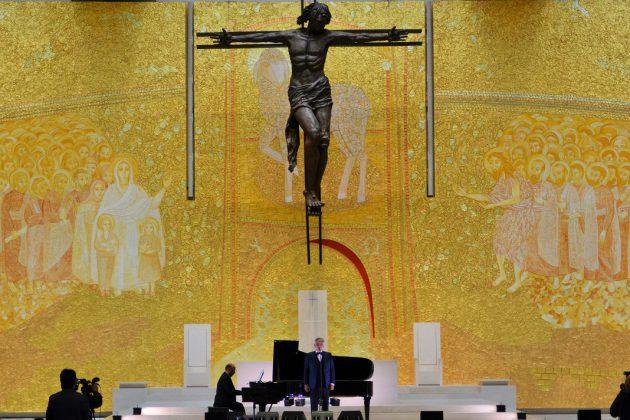 Andrea Bocelli e Carlo Bernini