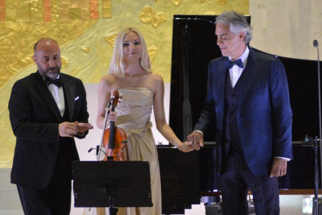 Carlo Bernini, Anastasyia Petryshak e Andrea Bocelli