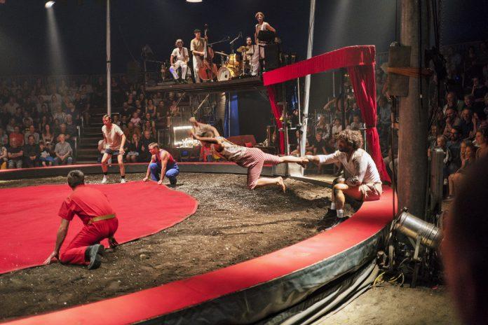 Ano Novo celebrado em Monchique com a alegria do circo