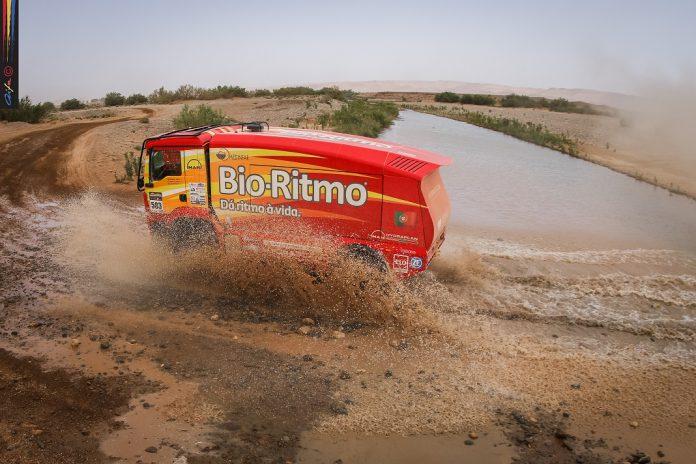 Elisabete Jacinto em sexto na penúltima etapa do Morocco Desert Challenge