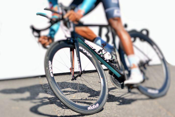 Volta a Portugal em Bicicleta a par da Volta ao Conhecimento