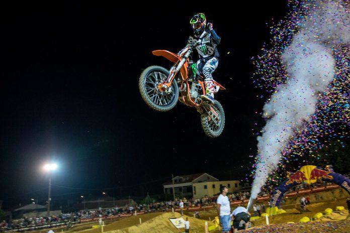 Supercross Poutena 2018 coloca na frente Hugo Basaúla