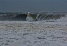 Mar agitado e ondulação forte durante o fim de semana