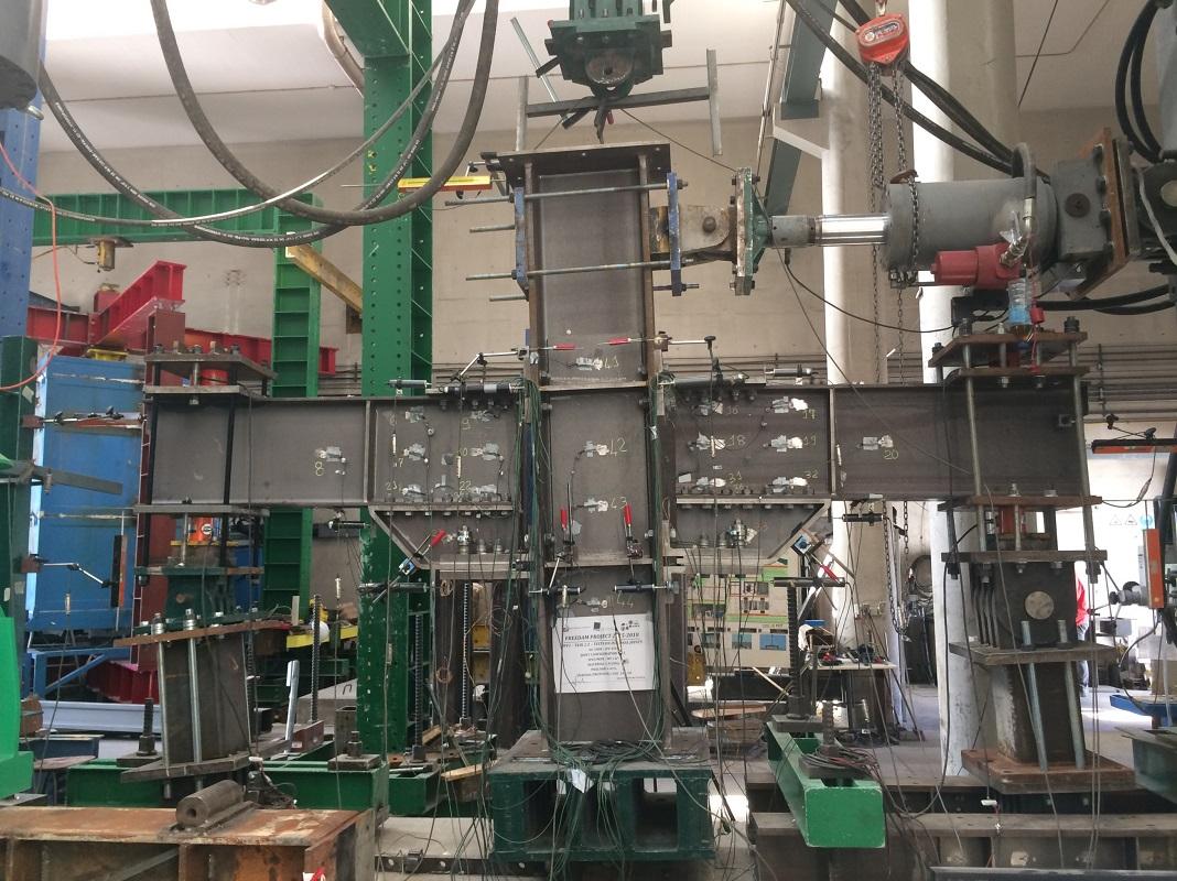 Técnica de construção antissísmica desenvolvida por consórcio europeu FREEDAM