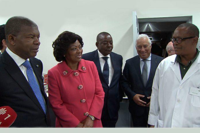 Presidente de Angola visita laboratório de investigação agrária e veterinária em Oeiras