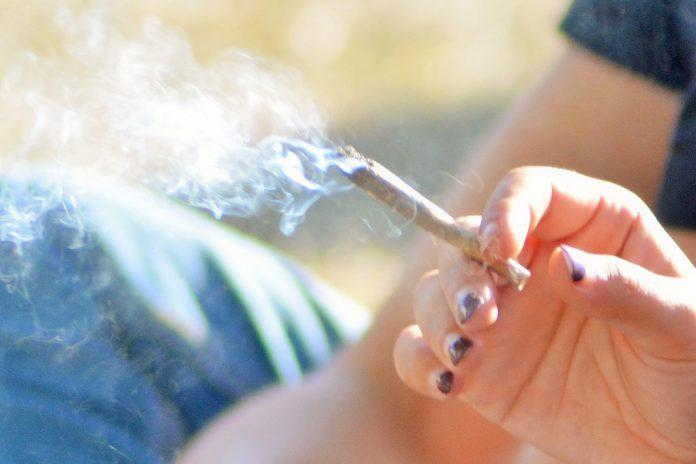 Fumadores têm maior risco de doenças oculares