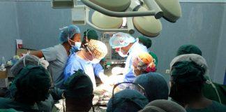 Cirurgias pioneiras em ambulatório, em Moçambique, realizadas por portugueses