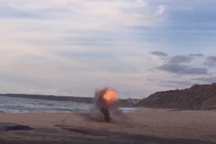 Explosivo inativado na Lourinhã por Mergulhadores da Marinha