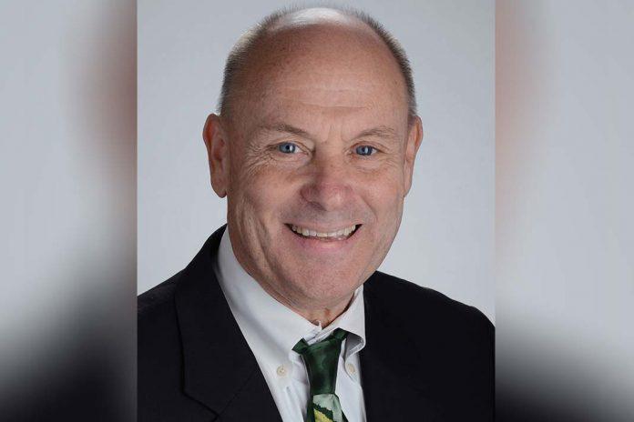 Medicamento para tratar cancro da bexiga com sucesso em ensaio clínico, investigador Scott Weir da Universidade do Kansas