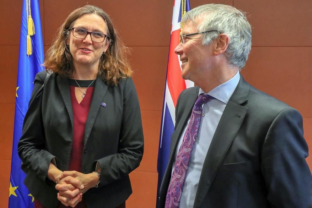 Comissária europeia do Comércio, Cecilia Malmström, e Ministro neo-zelandês do Comércio, David Parker