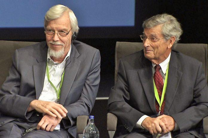 Medalha Mérito Científico para Rolf-Dieter Heuer e Manuel Paiva
