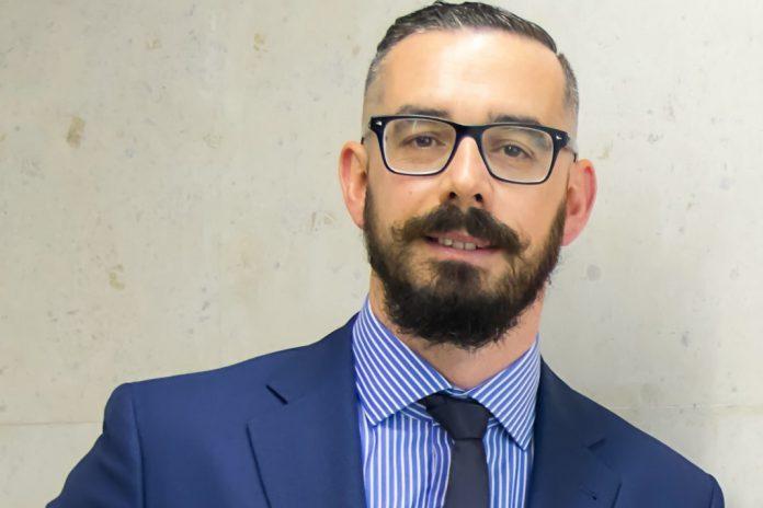 Fernando Mendes eleito Presidente da Associação Europeia de Profissionais de Ciências Biomédicas