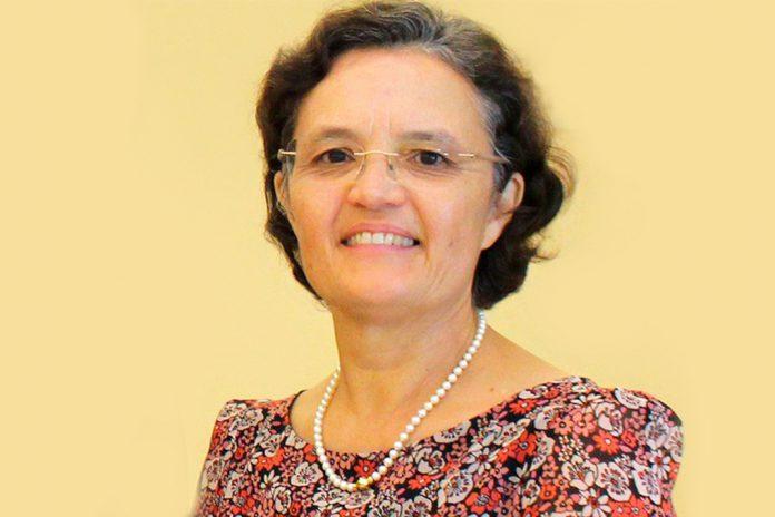 Elga Freire, Internista e Membro da SPMI